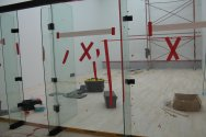 Yapımı devam eden squash kortu projesi